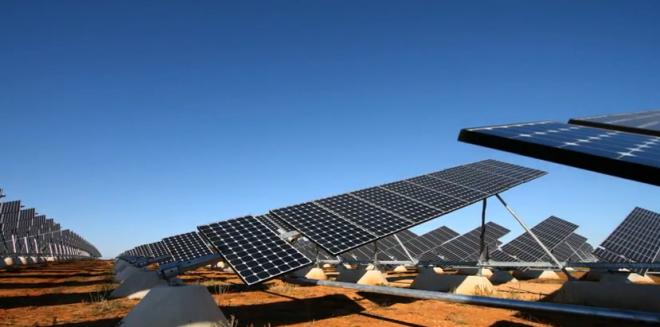 Seguidor solar con micromotor